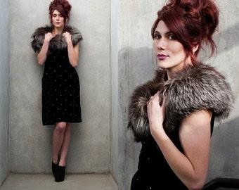 "20% OFF 1960's Rhinestone Velvet Wiggle Dress with Pockets Metal Zipper Vintage Dress Sz M 28"" Waist"