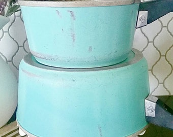 2 Teal CLUB pans with lids
