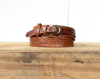 60s Tooled Leather Belt • Harness Belt • Skinny Belt • Brown Leather Belt • Boho Belt • Floral Belt • Thin Belt • Floral Leather | BT246