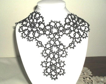 Victorian tatted necklace