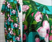 Vintage Hawaiian Dress MuuMuu - Great Turquoise Lime & Pink Color Print - Cotton Sateen 1960s Hawaiian Togs Original