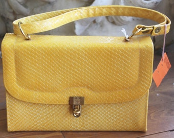 Vintage Yellow Textured Town & Country Handbag 1970s NOS