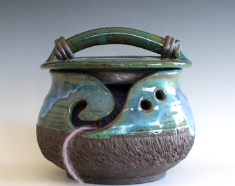 DISCOUNTED DISCOUNTED Yarn Bowl, Kitty-Proof Yarn Bowl, cat yarn bowl, ceramic yarn bowl, knitting bowl, yarn holder
