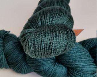DK, Pines:  High-Quality, FINE- Merino, Superwash, 4256