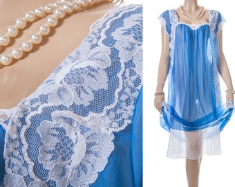 Dreamy floaty sheer double layer sapphire blue and white Perlon and delicate white lace detail 1960's vintage Nachthemd nightgown - PL1384
