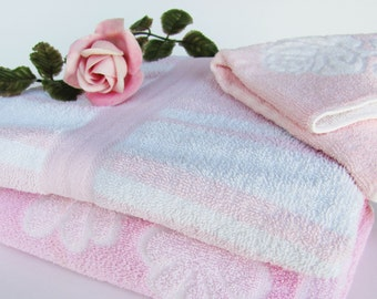 Vintage Bath Towels Pink And White Martex Cannon Mixed Patterns Striped And Floral 2 Bath 1 Washcloth