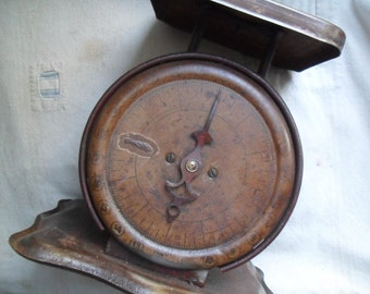 Vintage Scale, Rusty Kitchen Scale, Antique Family Scale,  Scale