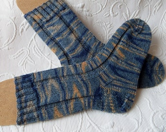 Handknit socks / wool socks / womens socks / mens socks
