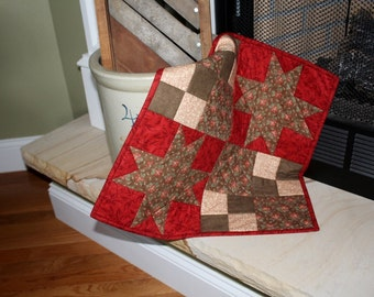 Quilted Table Topper, Table Runner, Turkey Red and Butternut Brown, Civil War Reproduction Fabrics, size is 18 x 18 ,Candle Mat,
