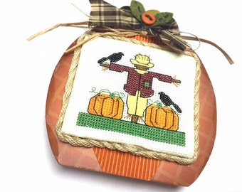 Cross Stitch, Finished Cross Stitch, Completed Cross Stitch, Fall/Autumn Cross Stitch, Scarecrow, Pumpkins, Black Birds