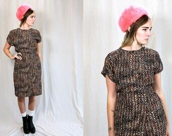Vintage VTG VG 1990's 1980's Leopard // Cheetah // Giraffe Print 100% Rayon Knee Length Dress Liz Claiborne Women's Size 8 USA