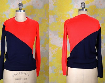 Vintage Vtg Vg 1970's 70's Two Toned Cherry Red and Navy Blue Long Sleeved Sweater Retro Hipster Women's Size Small Medium