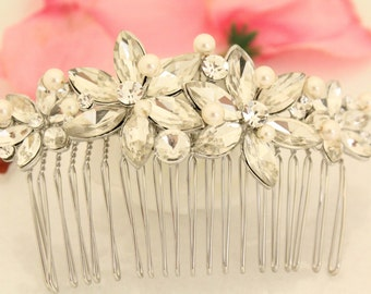 Wedding hair flower,Bridal hair accessories,Wedding hair clip.Bridal headpiece,Wedding comb pearl hair clip.Bridal hair comb,Decorative comb