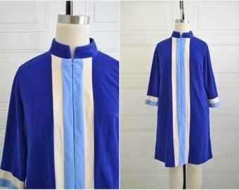 1960s Blue Vanity Fair Velour Short Robe