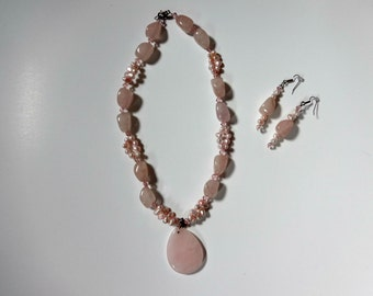 Fresh Water Pearls and Quartz Stones Necklace and Earrings