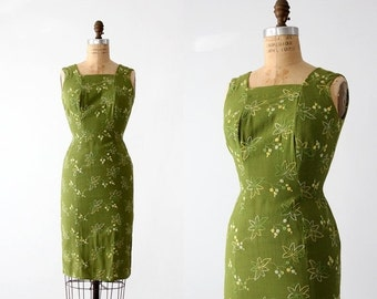 SALE 1950s wiggle dress, embroidered linen sundress, green pencil dress