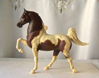Vintage Tobiano Pinto Horse Statue Breyer Horse Collectible Figurine Horse Lover Vintage 1980s