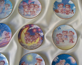 Vintage Dreamsicles Mini Plate Collection 1996 Set of 12 Kristin Hayes Hamilton Angel Collection 18K Gold Trim Nursery Wall Decor Cherubs