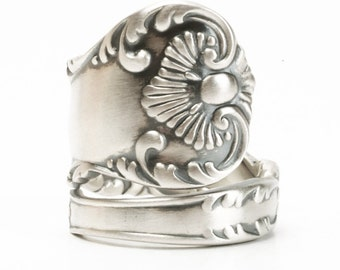 Victorian Ring, Antique Spoon Ring, Sterling Silver Spoon Ring, 1895 Neapolitan, Vintage Shell Ring, Silver Thumb Ring, Adjustable Ring 5810