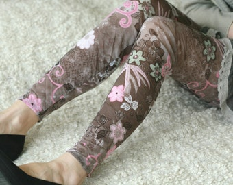 CLEARANCE SALE Fun pink, brown floral leggings