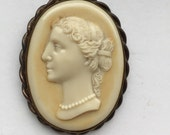 Vintage Edwardian Girl Celluloid Cameo Brass Brooch