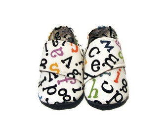Baby Shoes, Toddler Shoes, Unisex Baby Shoes, Soft Sole Baby Shoes, Baby Booties, Infant Slippers, Baby Moccasins, Fabric Shoes, 18-24M
