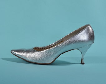 Vintage 1960s Silver Shoes - High Heel Stiletto - Bridal Fashions Size 7