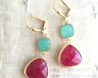 Bridesmaid Earrings with Fuchsia and Turquoise Jewels. Pink Teal Dangle Earrings. Bridesmaid Jewelry. Bridal Party Gift. Wedding.