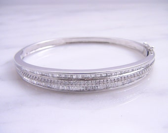 Vintage 18k White Gold 3.05ctw Diamond Baguette Bangle Bracelet
