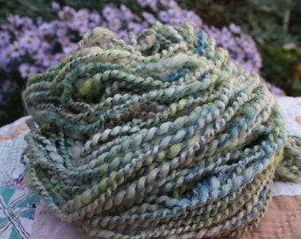 RawCo. Bubbles // Soft wool with a silk wrap// coil spun // knitting yarn // Hand spun yarn