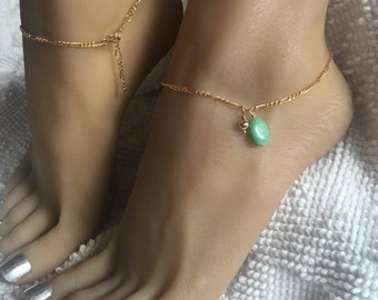 Gold Filled Anklet with a beautiful lime green Varasite stone. One size fits most adjustable ankle bracelet up to 10 1/2 inches.