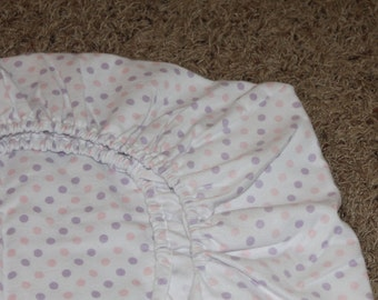 White, Pink, and Purple Dotted Bamboo Flanel Crib/Toddler Bed Fitted Sheet