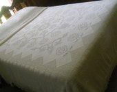 Gorgeous Bates?? George Washington's Choice White Chenille/Hobnail Queen Size Bedspread