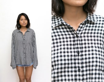 Black and White Flannel Shirt / 90s Grunge Knit Flannel / Oxford Button Up / Plaid Shirt / Checkered Gingham / Collared Shirt Long Sleeve