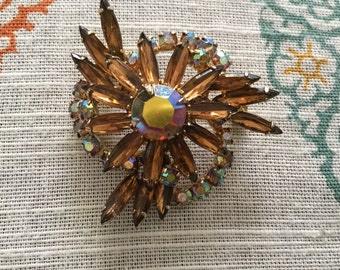 Vintage Weiss Aurora Borea;is/Amber Brooch/Pin
