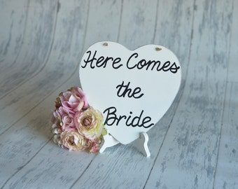 Wedding Sign/Photography Prop/RIng Bearer Sign- Here Comes the Bride!-Your Choice of Colors- Ships Quickly