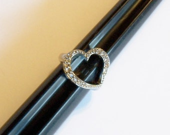 Heart Ring Clear Rhinestones Ladies Sz 6 Silver Tone Setting Vintage Jewelry Jewellery Accessories Gift Guide Women