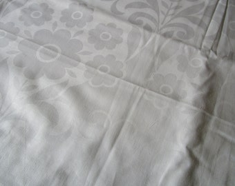 Over 3 Yards Vintage White Cotton Damask Fabric Daisies 48 inches Wide Unused Suitable for Curtains Pillows Throws