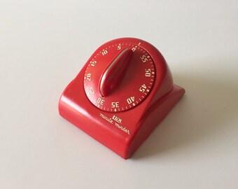 Red Lux Minute Minder, Vintage Kitchen Timer, 1960's Kitchen Decor, Mid Century Timer