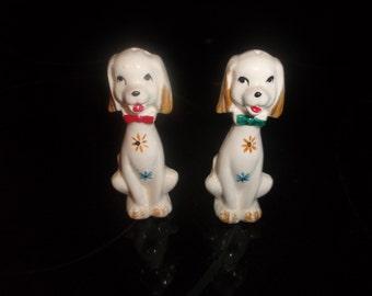 vintage pair salt pepper shakers set puppy dog flowers