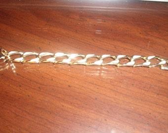 vintage bracelet goldtone chain ivory colored enamel