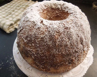 """Pound Cake-butter-rich-moist-embraced with Brandy 9"""" Bundt size cake-blend of pure extracts-perfect gift for her,family,holiday presentation"""