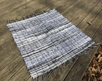Black and White Rag Rug, Chindi Rug, Boho Chic Area Rug, Shabby Cottage Rug