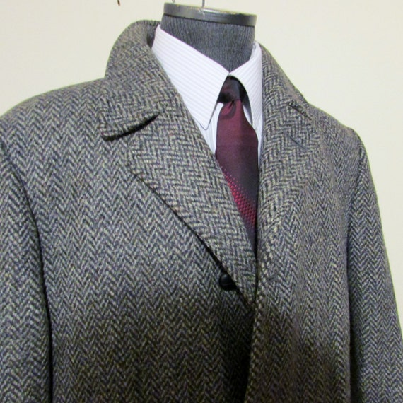 Vintage CARRINGTON Mens Wool Tweed Coat Herringbone Tweed