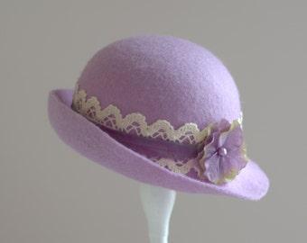 Newborn Cloche Hat. Photography Cloche Hat. Violet Cloche Hat.Vintage style Cloche Hat. Felt Cloche.Newborn Photography Prop.UK SELLER