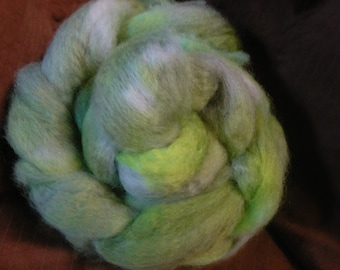 4 oz.  Bluefaced Leicester (BFL) wool roving; Springtime in Scotland