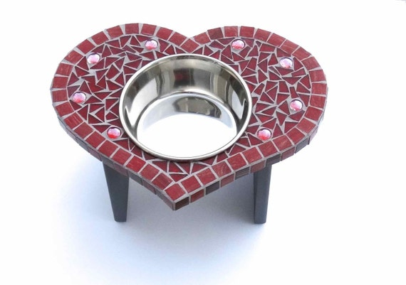 Heart-Shaped Diner, cat or dog bowl, medium heart dog feeder, elevated single bowl, valentine heart bowl