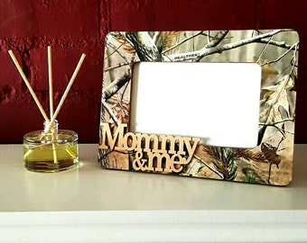 """Camo Picture Frame with """"Mommy & Me"""" embellishment //Holds 4x6 Photo // Camo Decor"""