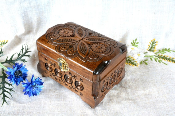 Jewelry box Wooden box Wood box Ring box wedding Jewelry case Wood carving Jewelry organizer Jewellery box Wooden boxes Boite a bijoux B36