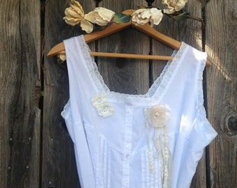 Customize Prairie girl barn wedding bride plus size XL white can be dyed shabby rustic boho princess eco gypsy dress